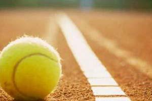 Tennis spielen und Frühschoppen